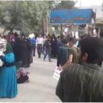 غوغا در روستای لردگان | دفتر امام جمعه و فرمانداری تخریب شد !!!