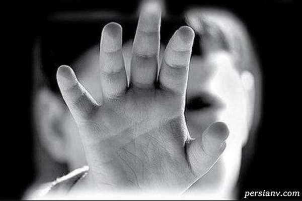 جزئیات قتل دختر ۵ ساله دهدشتی توسط مادر, مادر کنار جسد خوابیده بود