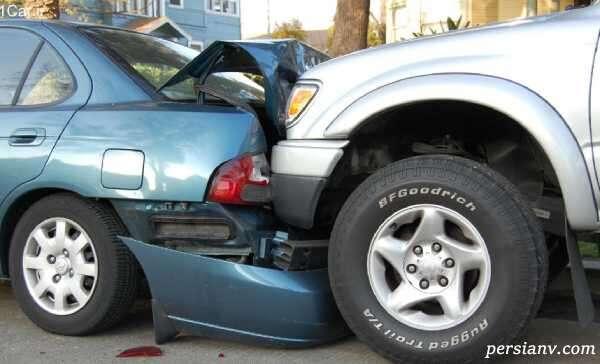 لحظه دلخراش و هولناک پرت شدن راننده از داخل خودرو بعد از تصادف