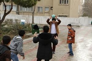 بازی محلی پر هیجان ، توپان قار ( توپ بازی)