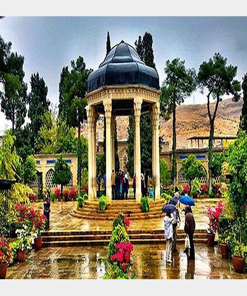 غزل شماره ۴۶۵ حافظ : رفتم به باغ صبحدمی تا چنم گلی