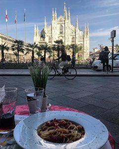 الناز شاکردوست در یک مکان زیبا و یک غذای بدمزه!+عکس