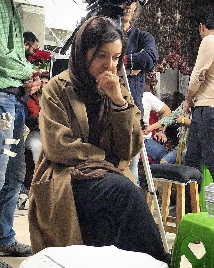 عکس فکورانه ساره بیات در سریال عاشقانه