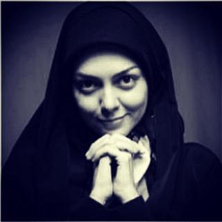 آزاده نامداری و چشمانی که در حال فریاد زدن هستن +عکس