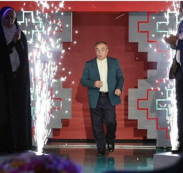 دعوت مسعود فروتن از نگار جواهریان