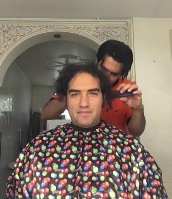 کوتاه کردن موهای رضا یزدانی