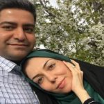 سلفی آزاده نامداری با همسر و دخترش در تله کابین