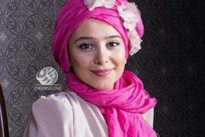تشکر الناز حبیبی از عکاسان افتتاحیه سی و ششمین جشنواره فجر