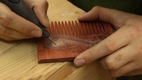 شانه چوبی