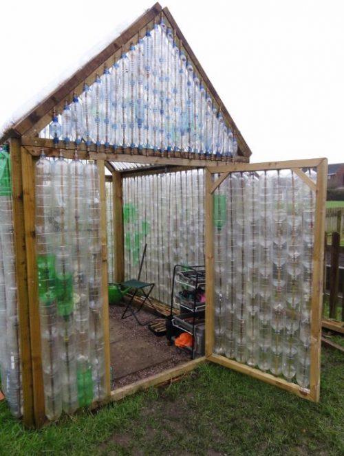 با بطری های پلاستیکی گلخانه درست کنید +تصاویر