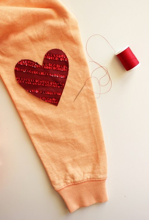 جلوه دادن به لباس های قدیمی با تکه های چرم +تصاویر