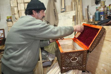 هنر زیبای صندوقچه سازی