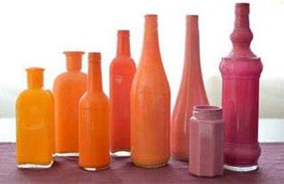 با بطری های ساده گلدان های رنگی درست کنید +تصاویر