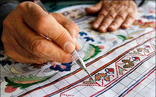 آشنایی با استاد علی محمودیان ( طراح فرش در نائین )