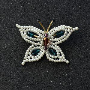 آموزش درست کردن سنجاق سینه مرواریدی با طرح پروانه