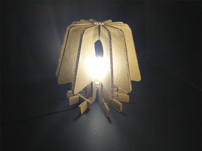 ساخت چراغ مطالعه کاربردی