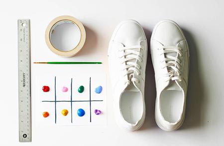 رنگ کردن کفش اسپرت