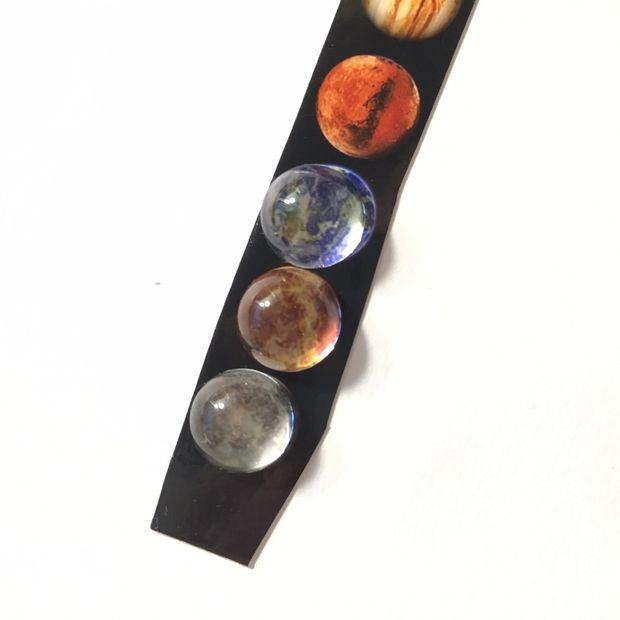درست کردن دستبند چرمی با طرح سیارات