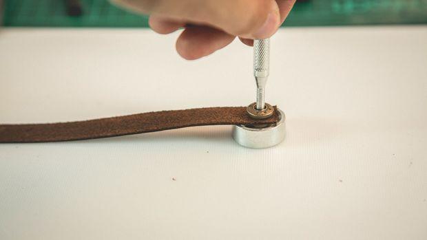 درست کردن دستبند چرمی مسی