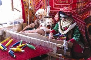 ابریشم بافی | تاریخچه هنر ابریشم بافی از صنایع دستی زیبای استان گلستان