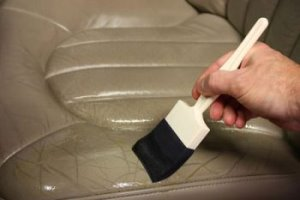 پاک کردن صندلی چرمی
