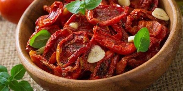 نگهداری گوجه فرنگی به مدت طولانی