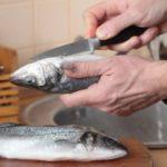 طریقه پاک کردن ماهی سفید