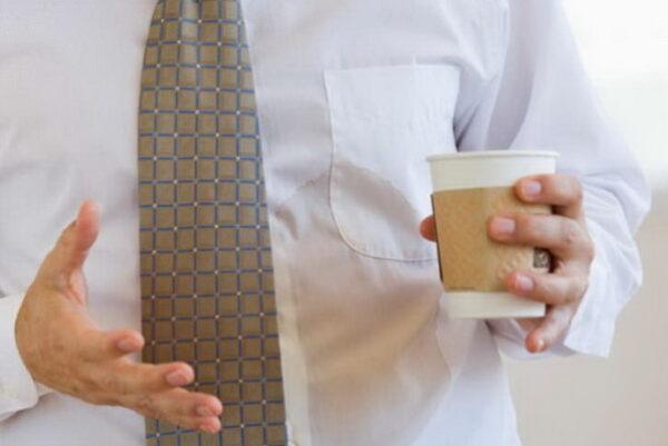 از بین بردن لکه چای از لباس
