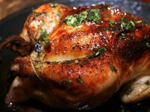 طرز تهیه پخت مرغ در فر به صورتی که مرغ سفت نشود