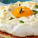 نچسبیدن تخم مرغ نیمرو
