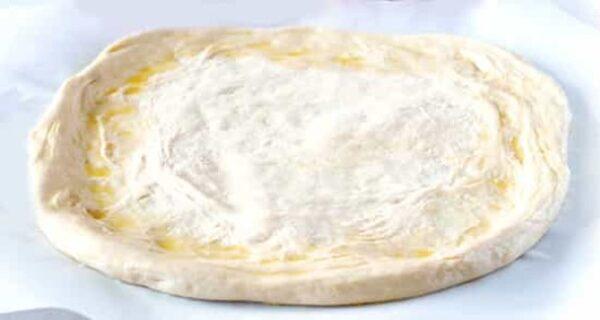 خمیر پیتزا بدون خمیر مایه