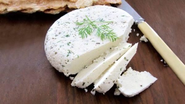 استفاده از پنیر های محلی