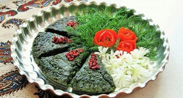 پخت کوکو سبزی در مایکروویو