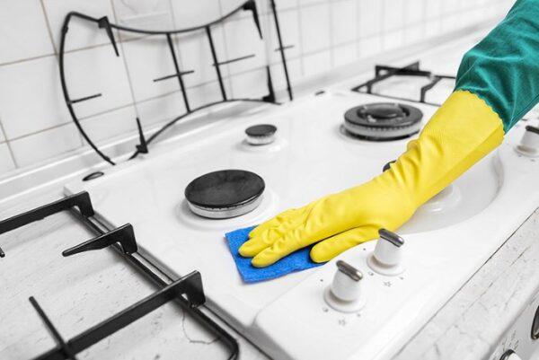 خانم هایی که با تمیز کردن گاز مشکل دارند بخوانند
