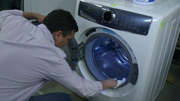 نگهداری ماشین لباسشویی