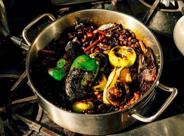 وقتی ناگهان غذایتان می سوزد یا با گوشت سوخته چه کنیم