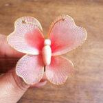 تزیین سفره هفت سین با پروانه جورابی