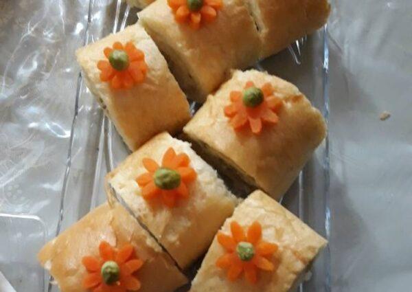 تزیین سالاد الویه با نان ساندویچی