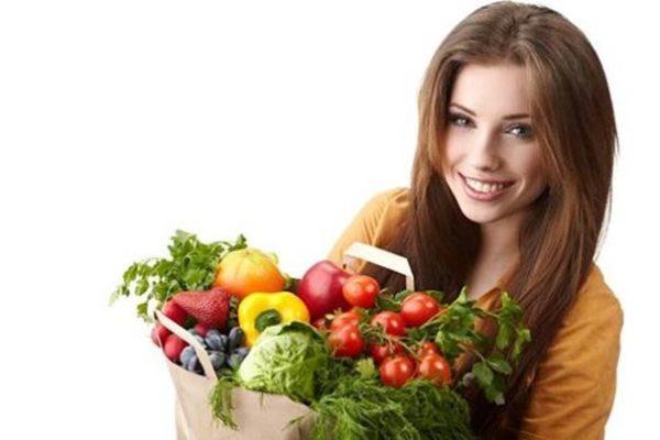 ۱۰ ماده غذایی مفید که هر خانمی باید آن را مصرف کند