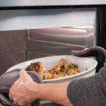 غذاهای مانده را چگونه گرم کنیم؟