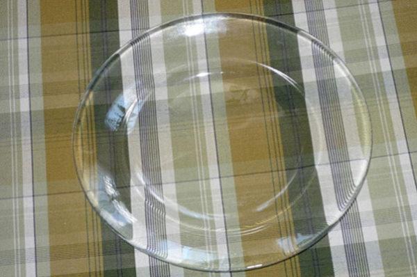 دکوپاژ روی شیشه