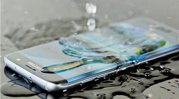 روش های برای خشک کردن گوشی بعد از خیس شدن