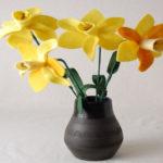 آموزش ساخت گل نرگس با فوتر یا نمد