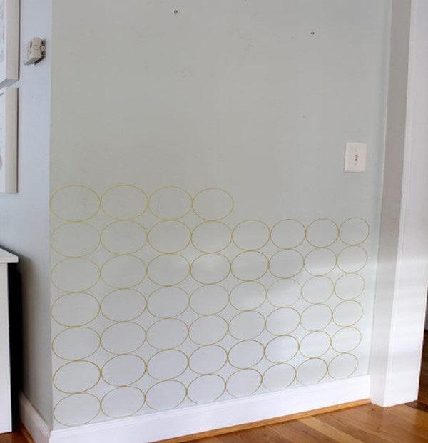 تزیین دیوار ساده به جای کاغذ دیواری