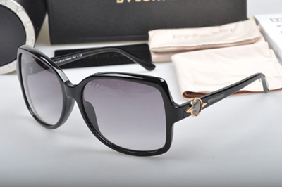 راهنمای خرید عینک آفتابی و ویژگی های یک عینک آفتابی استاندارد
