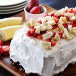مدل های تزیین کیک اسفنجی با میوه وخامه(۱)+تصاویر
