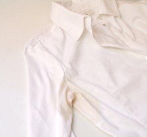 روشهای ساده برای پاک کردن لکه عرق از روی لباس