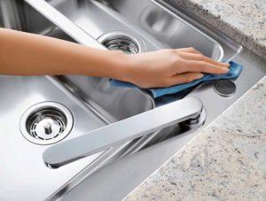 تمیز کردن انواع مختلف لکه ها و تمیزکاری خانه