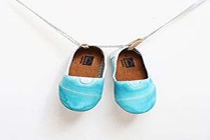 آموزش رنگ آمیزی کفش های ساده+تصاویر