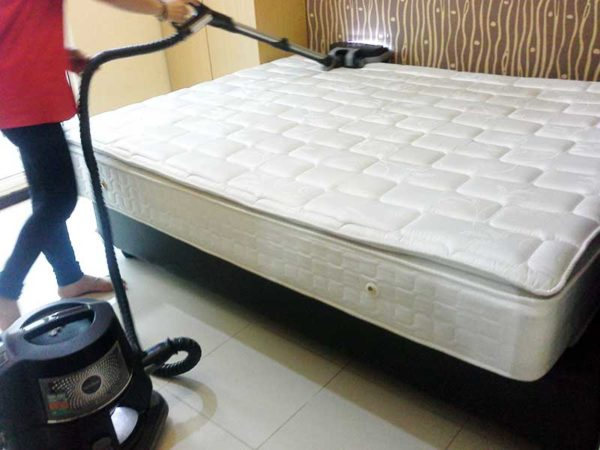 تمیز کردن تشک تخت خواب